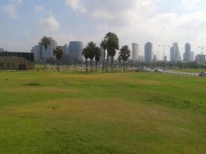 גן צ'רלס קלור בתל אביב