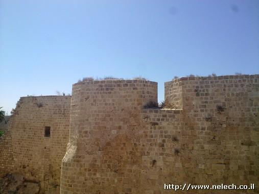 טיילת החומות בעכו