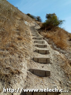 מאמפי גולן לעין תאופיק על שביל הגולן